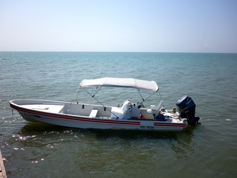 Lee Abbamonte boat from Belize to Guatemala