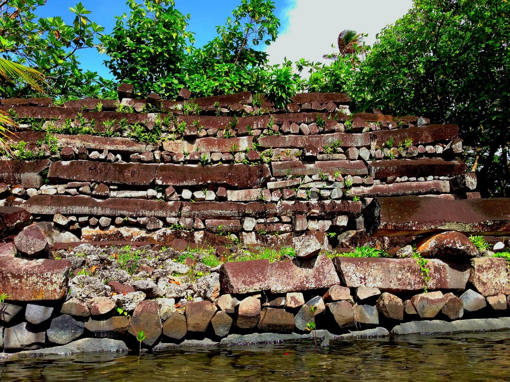 Pohnpei, Micronesia, FSM, Federated States of Micronesia, Nan Madol, kayak, archaeological site