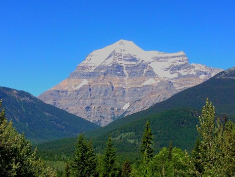 Mount Robson, Mt. Robson, Rocky Mountaineer, train, Canada, Vancouver, Jasper, British Columbia, Alberta