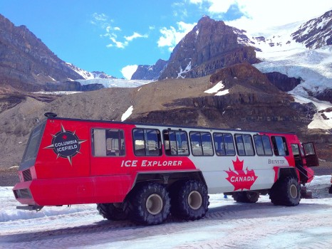 Brewster Ice Explorer, Columbia Icefields, Athabasca Glacier, Icefields Parkway, Banff National Park, Canada, Alberta