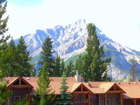 Buffalo Mountain Lodge, Banff, Alberta, Canada