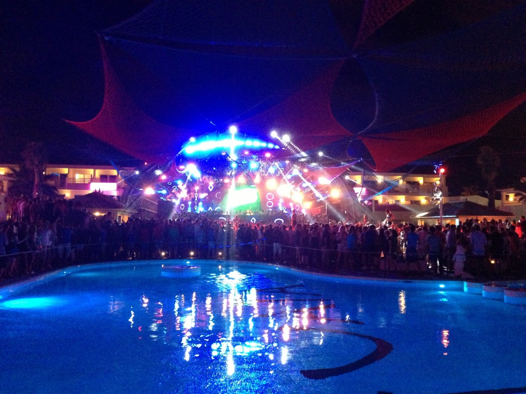 Ibiza, beach, Playa d'en Bossa, Ushuaia Beach Hotel, Spain, Balearic Islands, party at Ushuaia Beach Hotel