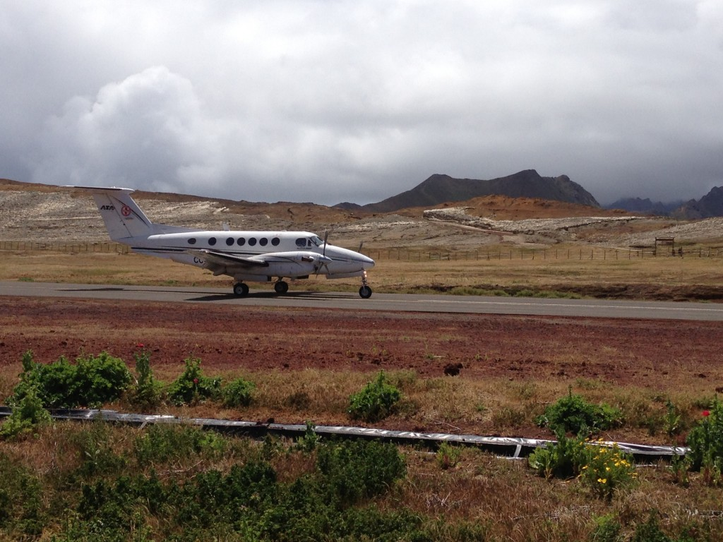 ATA Airlines, Robinson Crusoe Island, Chile, Juan Fernandez
