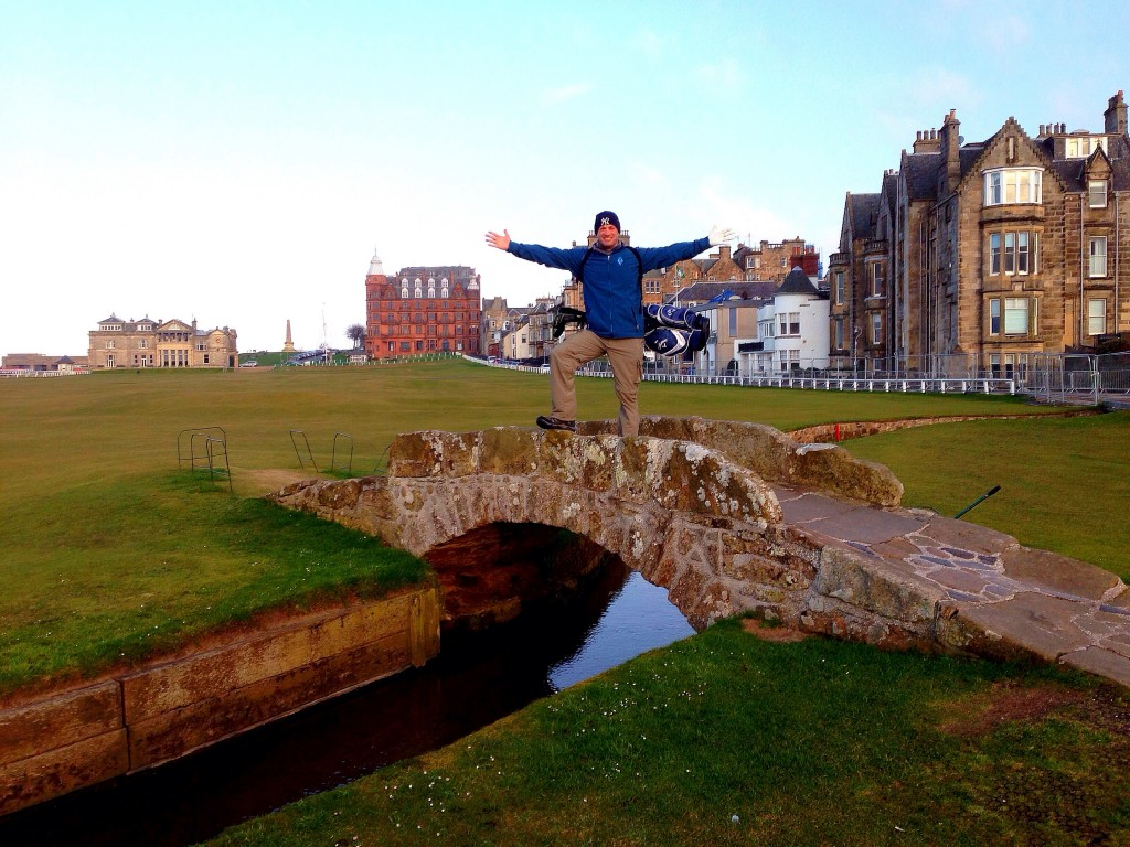 Lee Abbamonte, Swilcan Bridge, the Old Course at St. Andrews, St. Andrews, golf, Scotland
