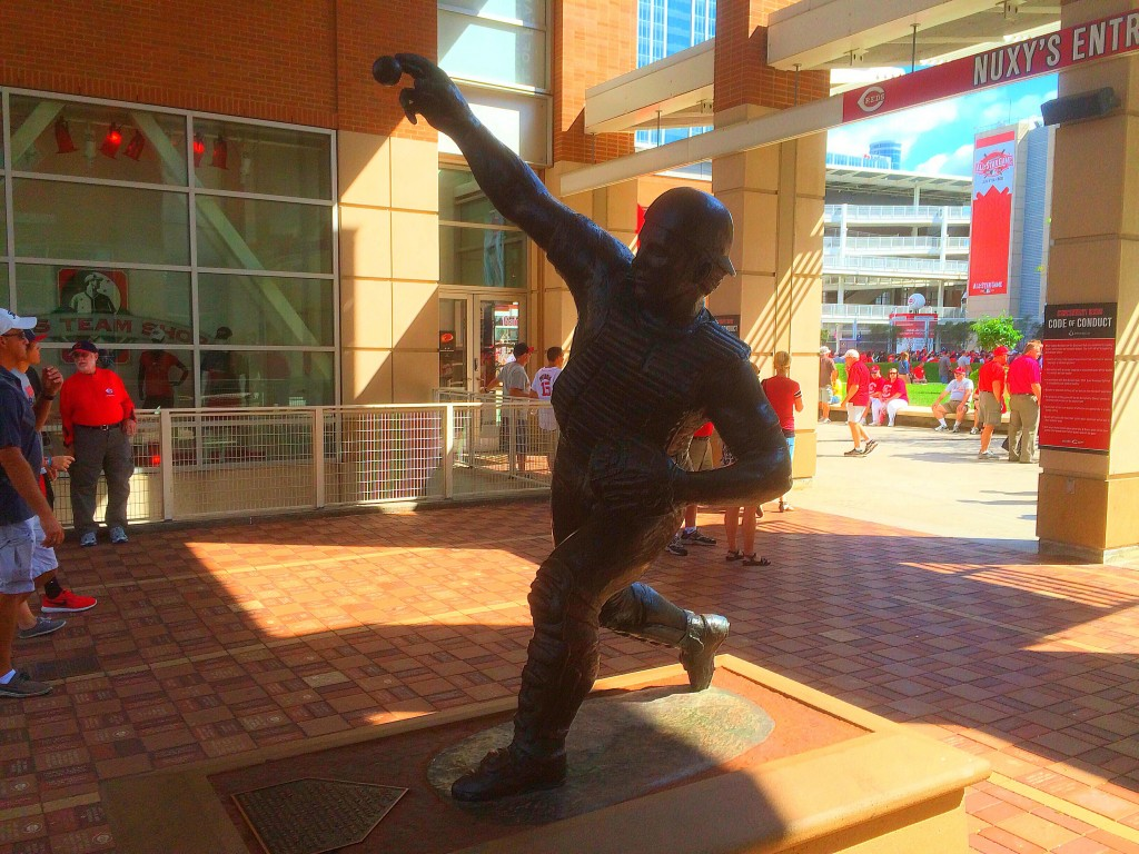 Johnny Bench Statue, Great American Ballpark