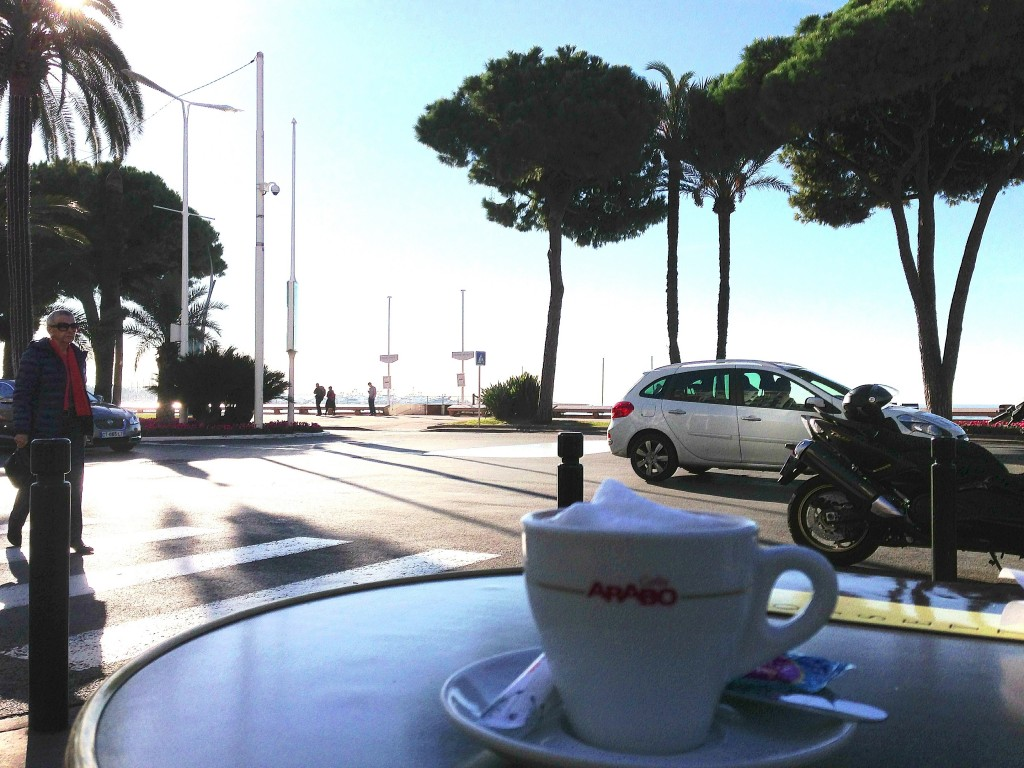 Cannes, coffee