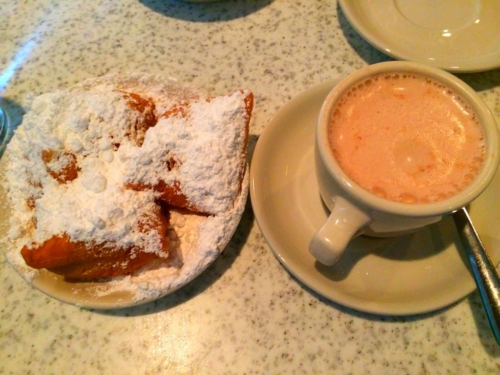 New Orleans, Louisiana, beignets, Cafe du Monde