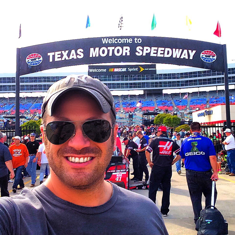 The duck commander 500 in fort worth texas for Camping at texas motor speedway