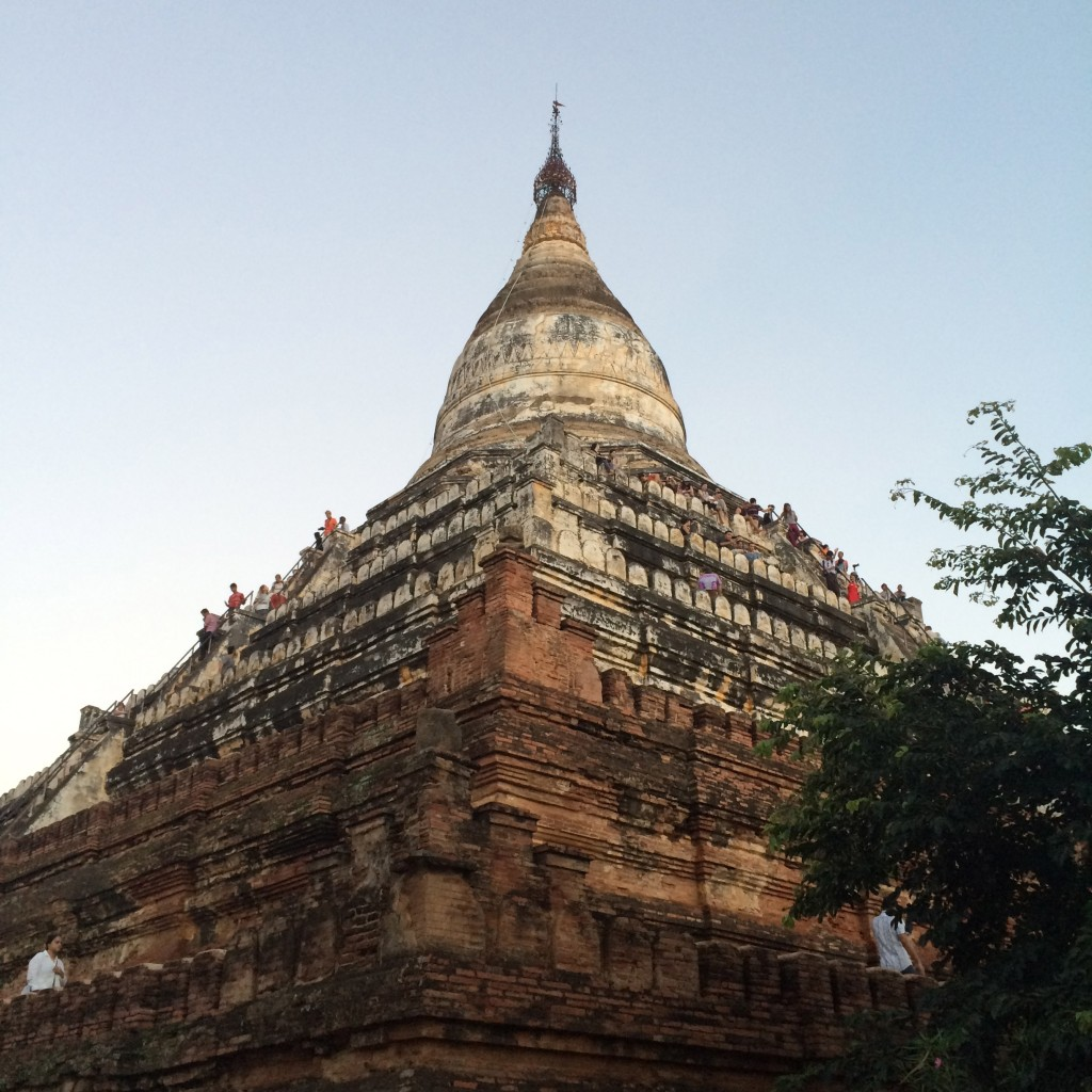 Bagan, MYanmar, sunset viewing pagoda