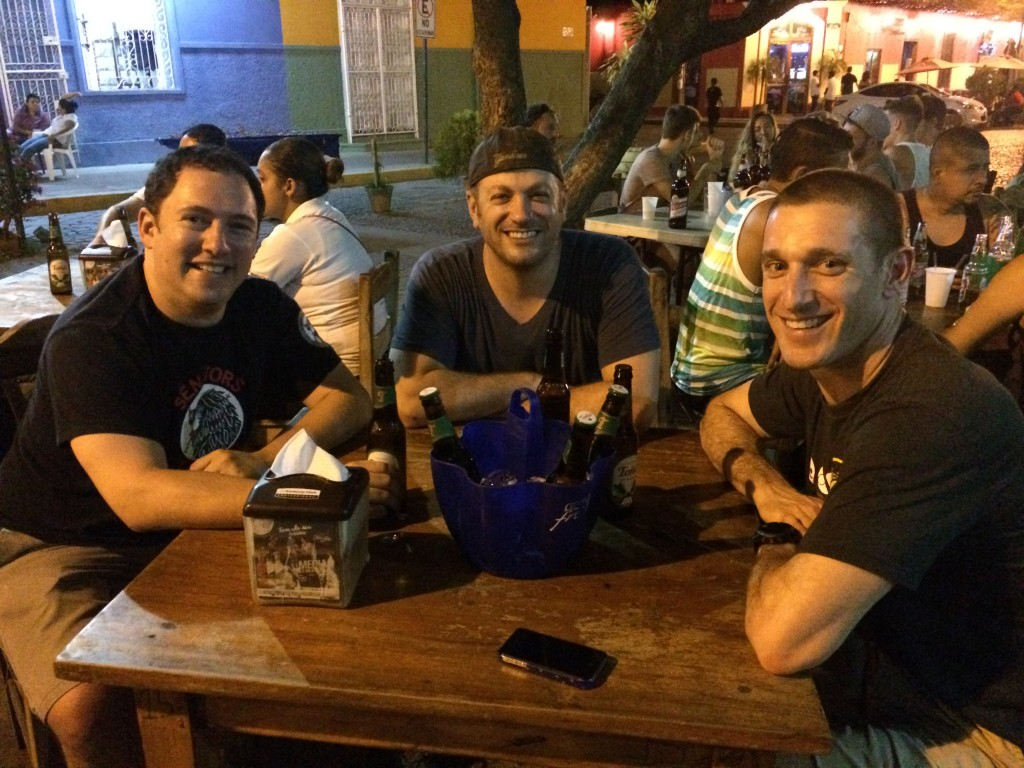 5 Awesome Things to do in Nicaragua, Nicaragua, Granada, friends
