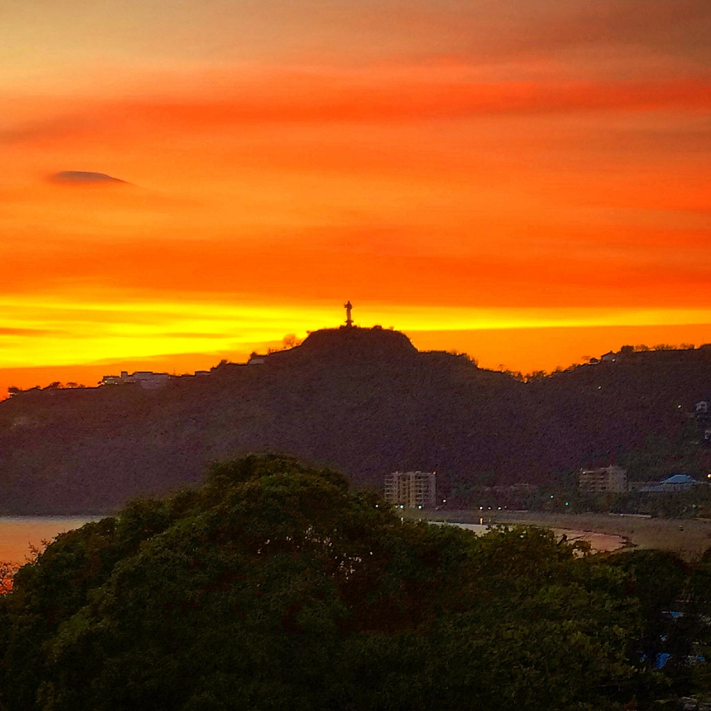 5 Awesome Things to do in Nicaragua, Nicaragua, San Juan del Sur, San Juan, sunset, cristo