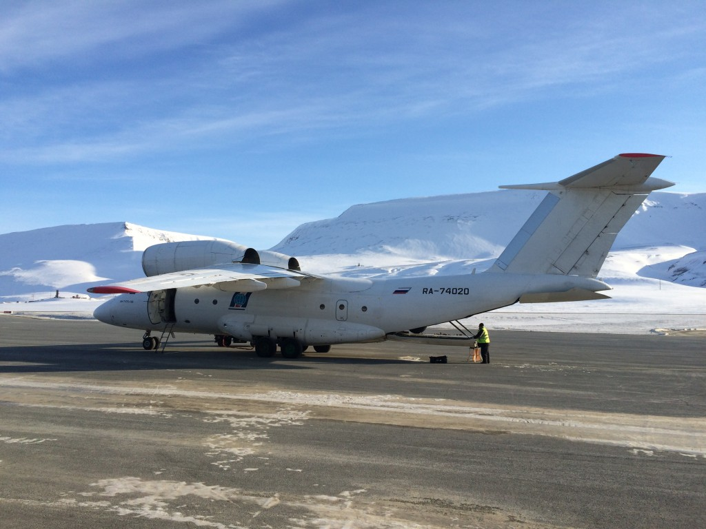 North Pole, The North Pole, How I made it to the North Pole, Antonov 74, Longyearbyen Airport