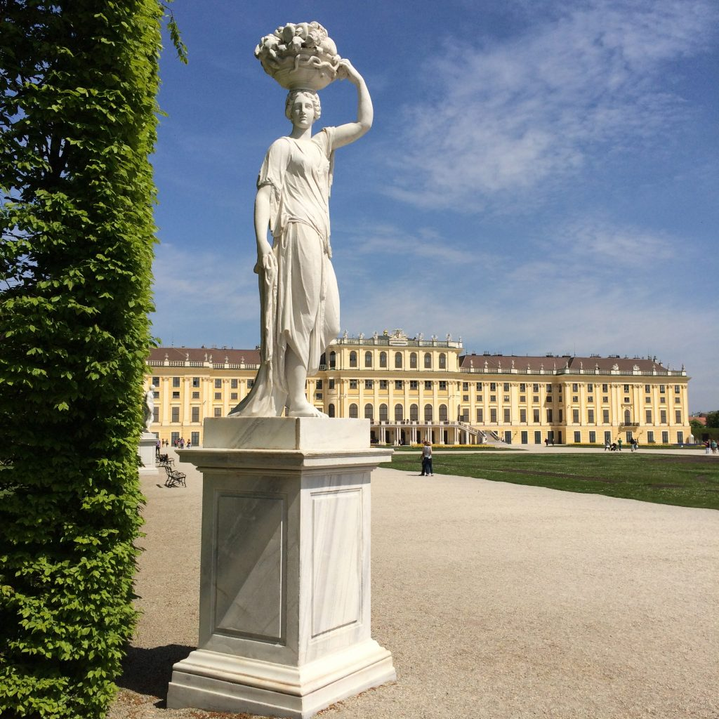 5 Awesome Things to do in Vienna, Austria, Vienna, Wien, Schoenbrunn Palace, statues