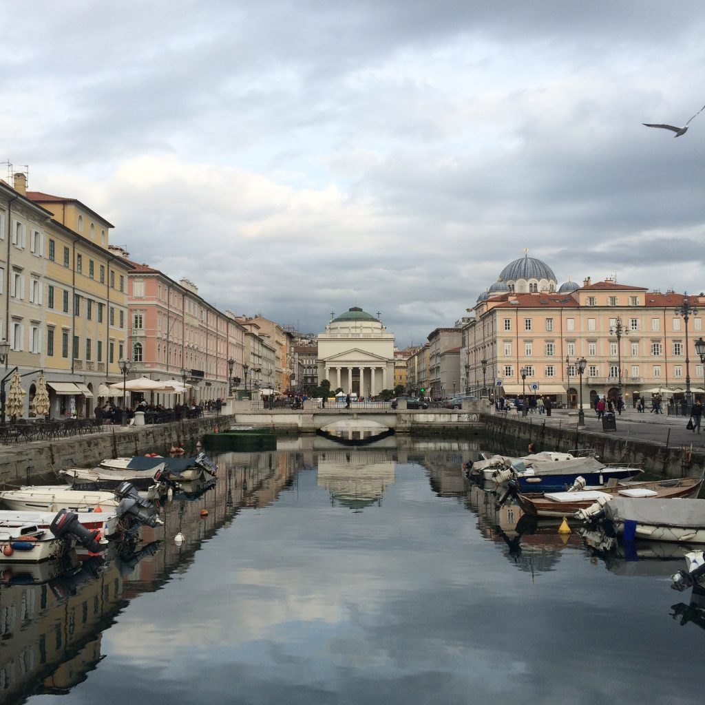 Piazza dell'Unita d'Italia, Things to do in Trieste, Italy, Trieste, Italia, canals