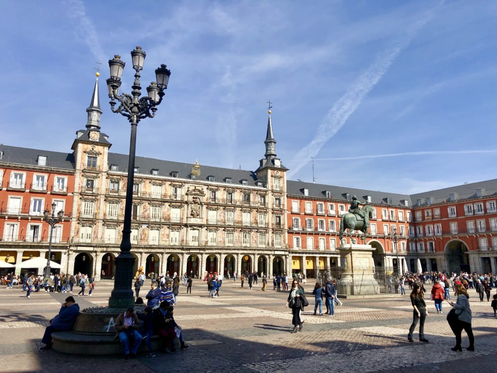 Madrid, Plaza Mayor, 5 Awesome Things to do in Madrid