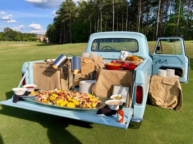 Country Barbeque out of this truck at the Kingdom of Golf, 3 Days at Reynolds Lake Oconee,