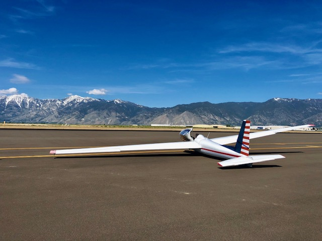Soaring NV glider, Carson Valley, Nevada